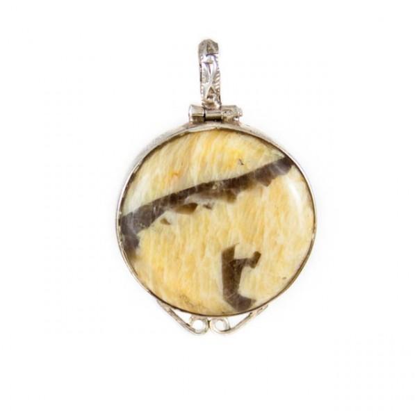 Pendant-Silver round with semi precious stone